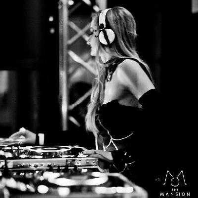 DJ Fabrizia