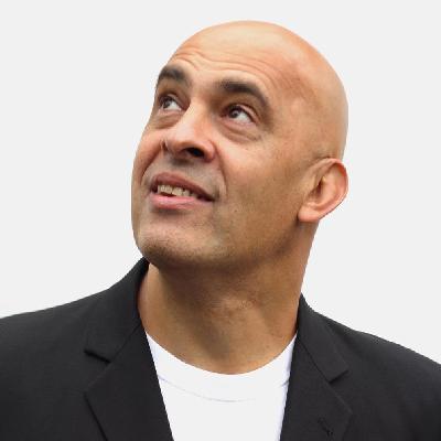 Mike Gunn Comedian